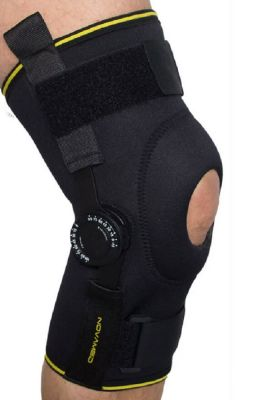 Novamed Kniebandage mit einstellbaren Gelenken